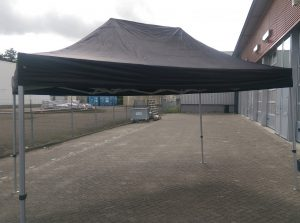 Easy up party tent huren Assen
