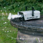 Sneeuwmachine actiefoto huren - Partytentverhuur Assen
