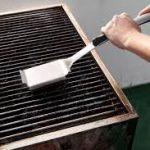 Barbecue schoonmaken - Barbecue verhuur Assen